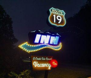 Route 19 Inn Neon Sign